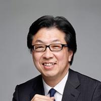 顔写真;山本氏
