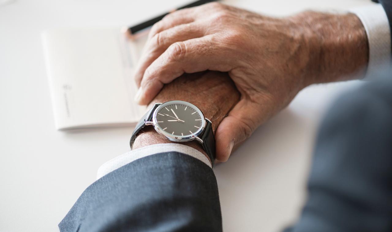早出や残業が必要になったとき、フレックスタイムの適用を解除できますか?